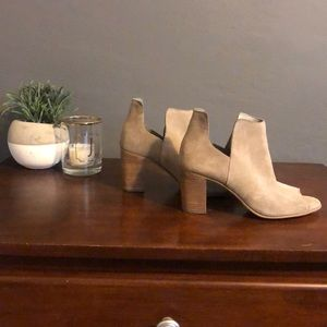 Steve Madden ankle booties size 7